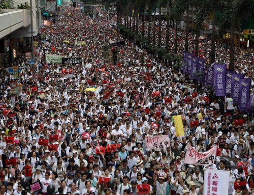 ประชาคมโลกประณามสหรัฐไฟเขียวกม.เกี่ยวกับฮ่องกง หวังแทรกแซงกิจการภายใน,ทำให้จีนอ่อนแอ